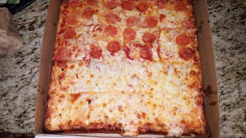 Victors Pizzeria & Italian Restaurant   540 Cedar Ln, Teaneck, NJ, 07666   +1 (201) 836-0306