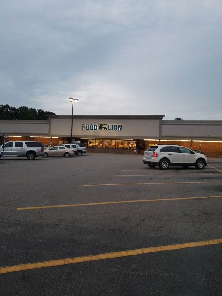 Food Lion: 1650 N Garnett St, Henderson, NC