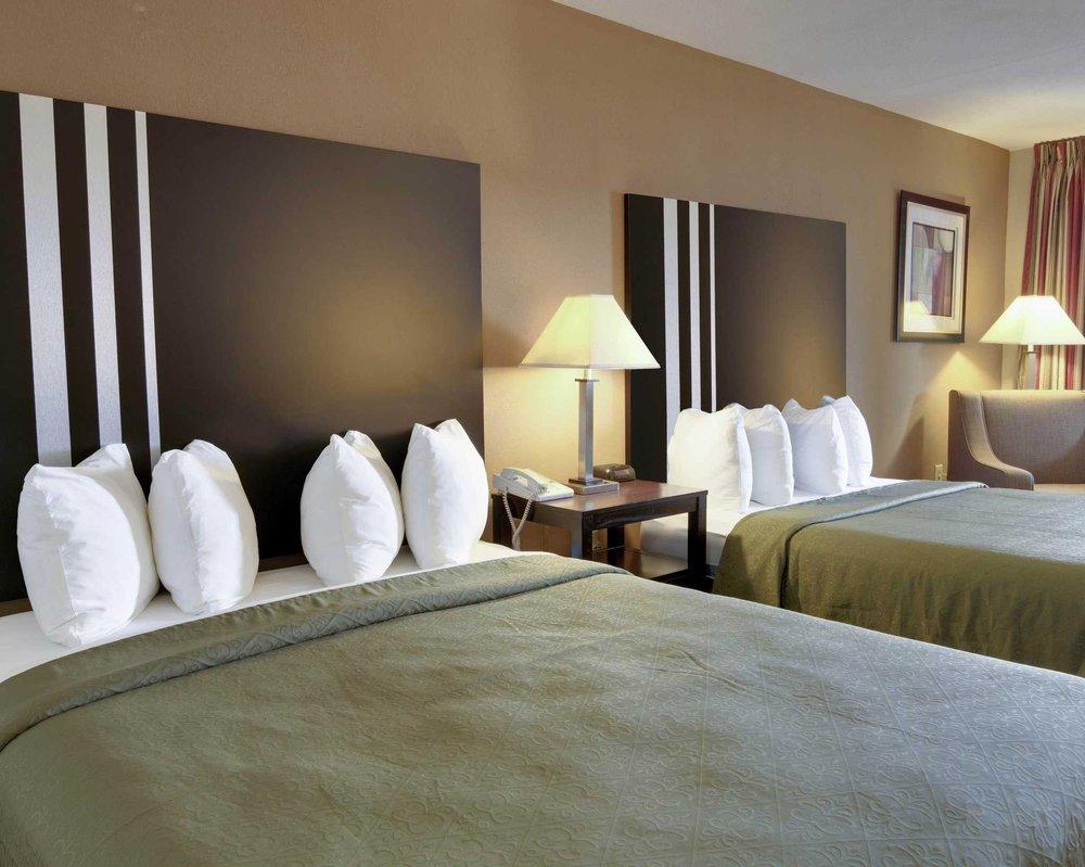 Quality Inn & Suites: 1167 S Rogers Ave, Clarksville, AR