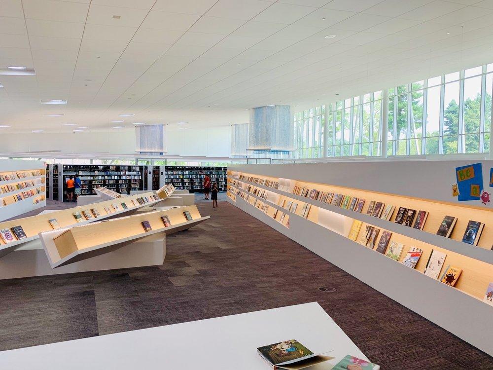 Northeast Regional Library: 15 Bellevoir Cir, Louisville, KY
