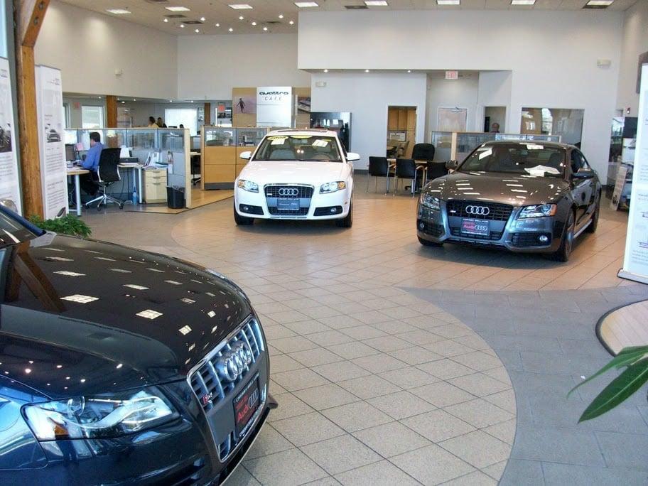 Cherry Hill Audi >> Cherry Hill Audi Showroom Yelp