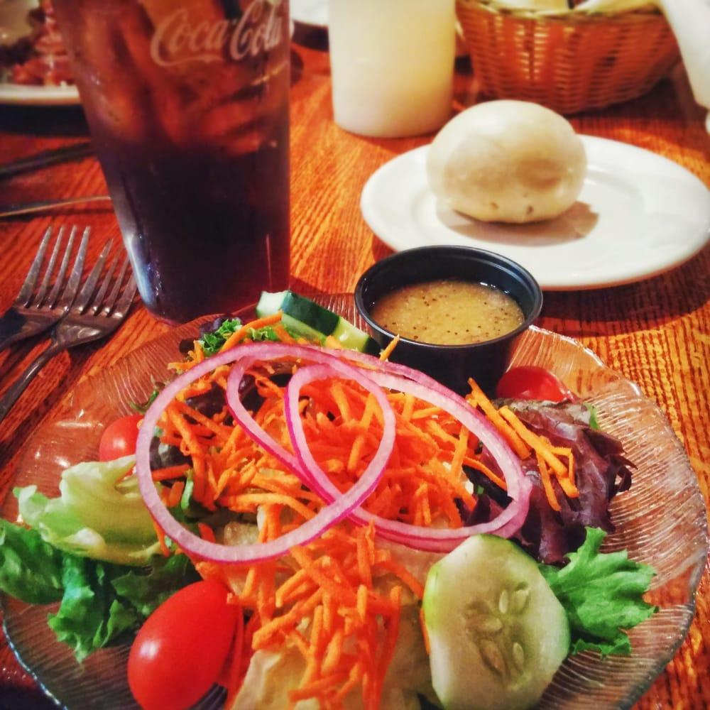 The Homestead Restaurant & Tavern: 641 Daniel Webster Hwy, Merrimack, NH