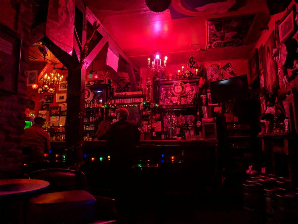 Lesbian bars near san francisco, video porno vcd infantil