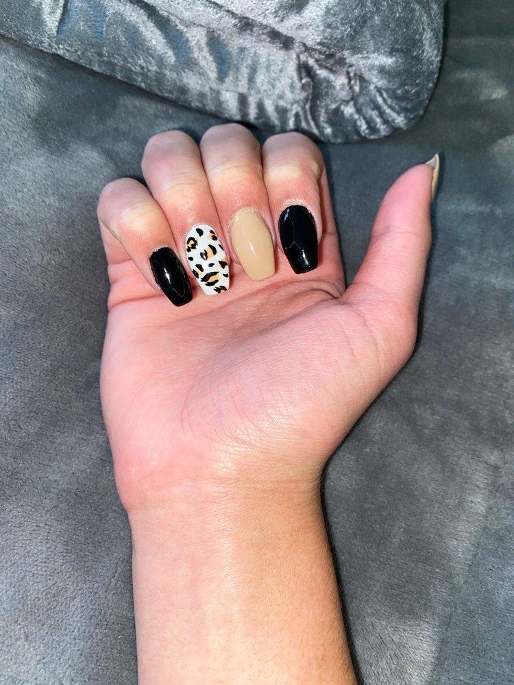 Lucky Nails: 4449 Buffalo Rd, Erie, PA
