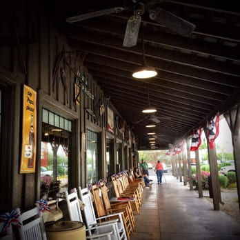 Cracker Barrel Old Country Store - 245 Photos & 221 Reviews