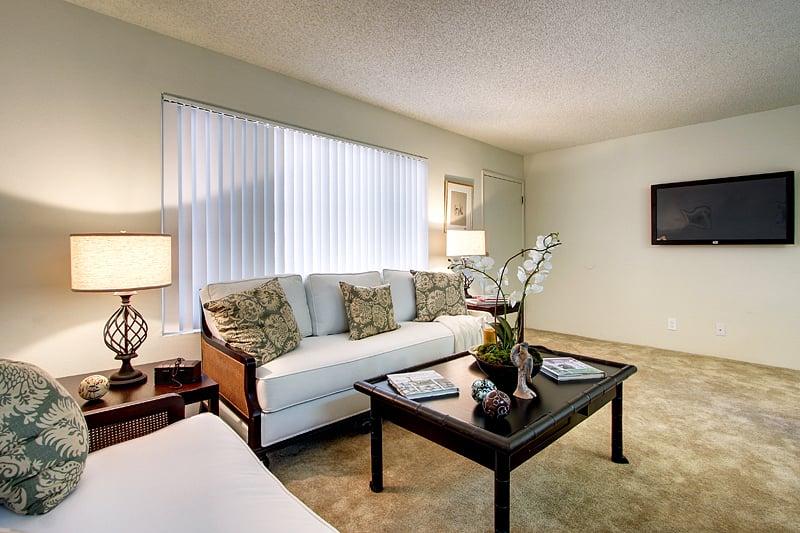 Del Rey Vista Apartments: 11519 Culver Blvd, Los Angeles, CA