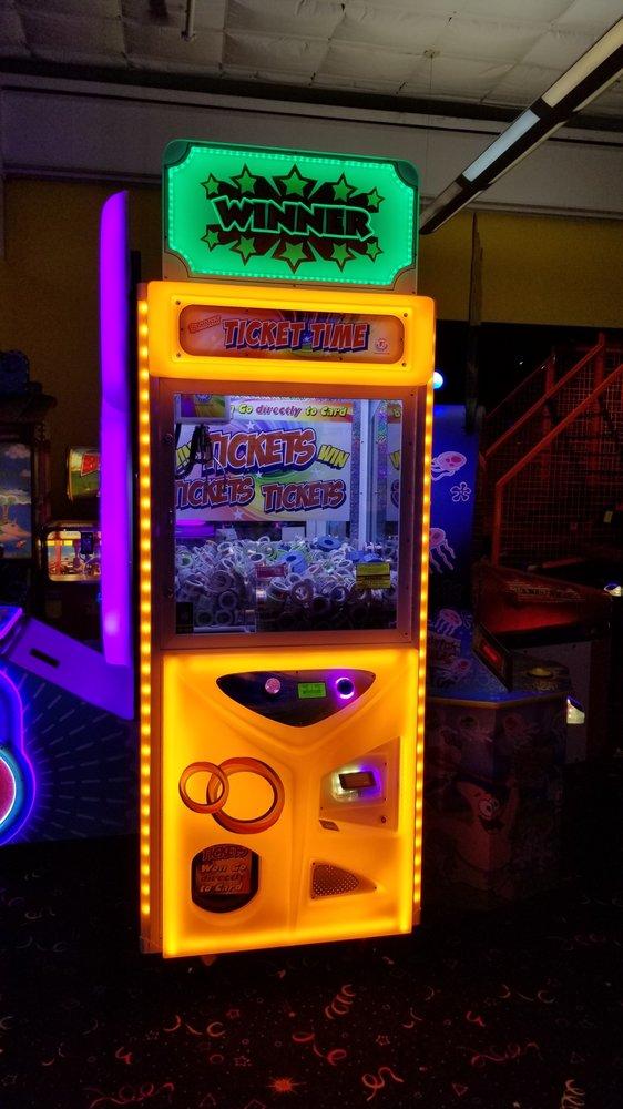 KidMania: 2565 Macarthur Blvd, Lewisville, TX