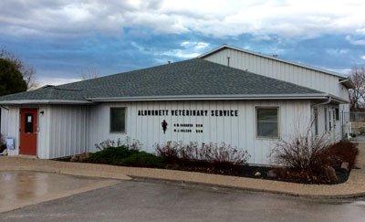 Alburnett Veterinary Service: 412 S Main Ave, Alburnett, IA