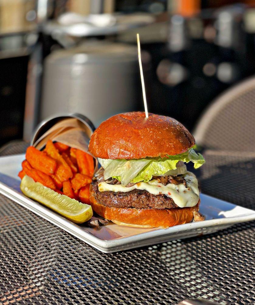 Food from Citizen Burger Bar