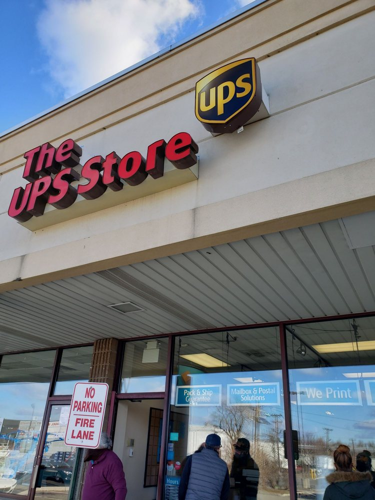 The UPS Store: 370 W Pleasantview Ave, Hackensack, NJ