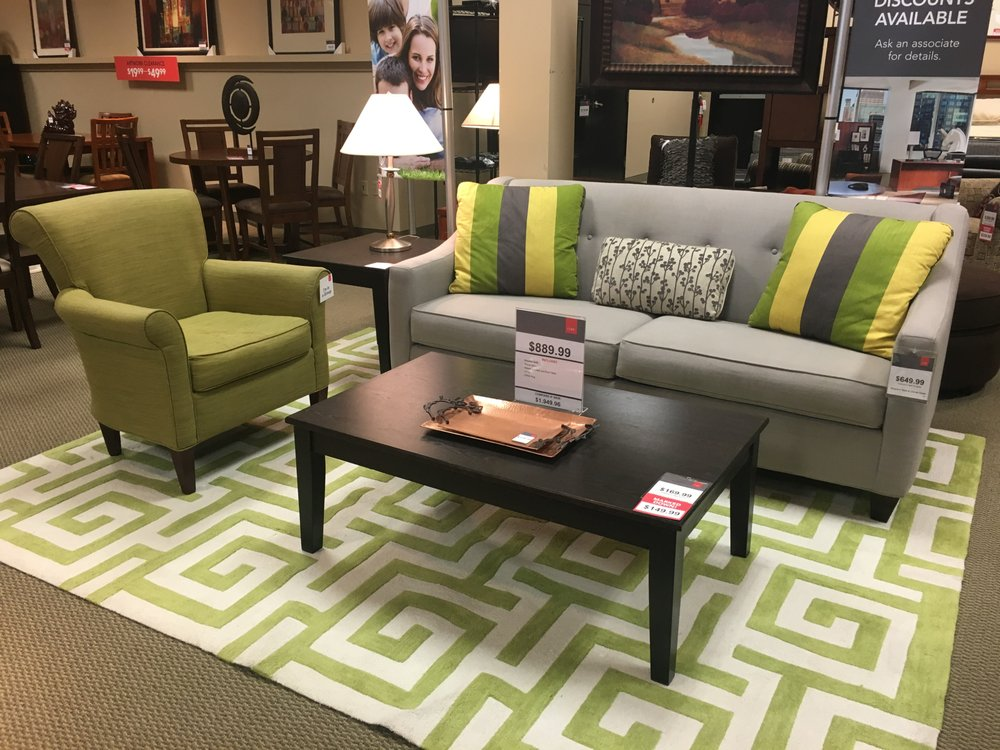 Greyson clover living room set up in our st louis for Cort furniture clearance center