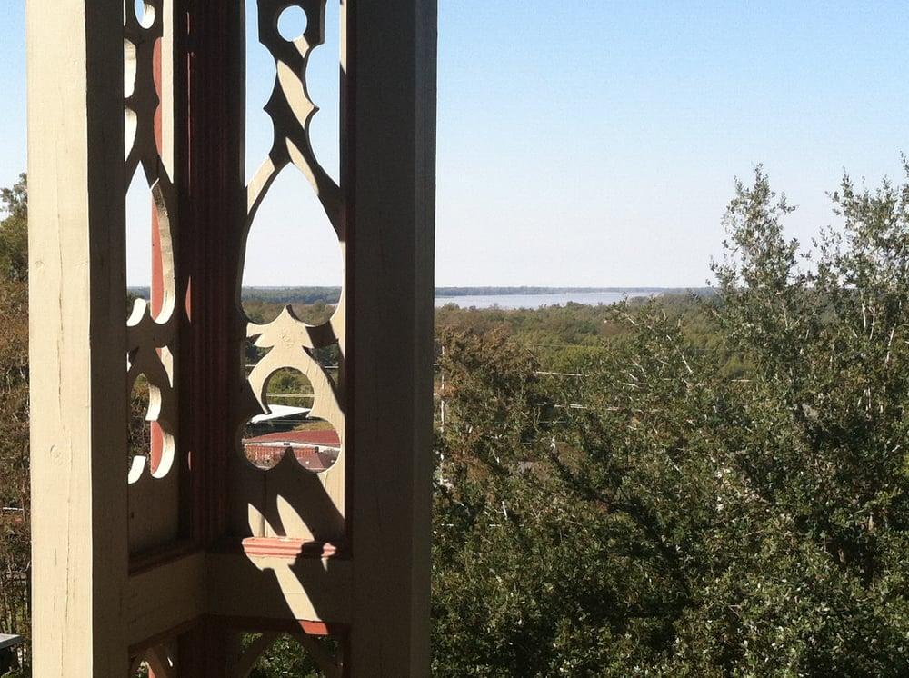 The Corners Mansion: 601 Klein St, Vicksburg, MS
