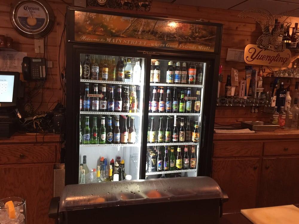 Main Street Pub: 505 Main St, Bally, PA