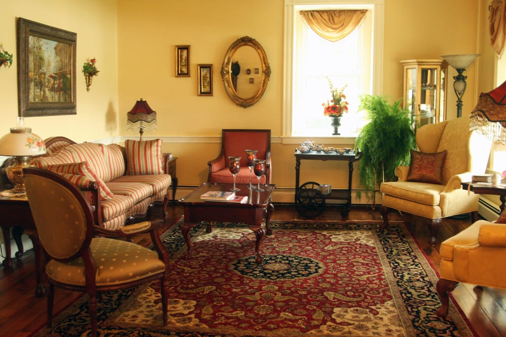 Clearview Farm Bed and Breakfast: 355 Clearview Rd, Ephrata, PA