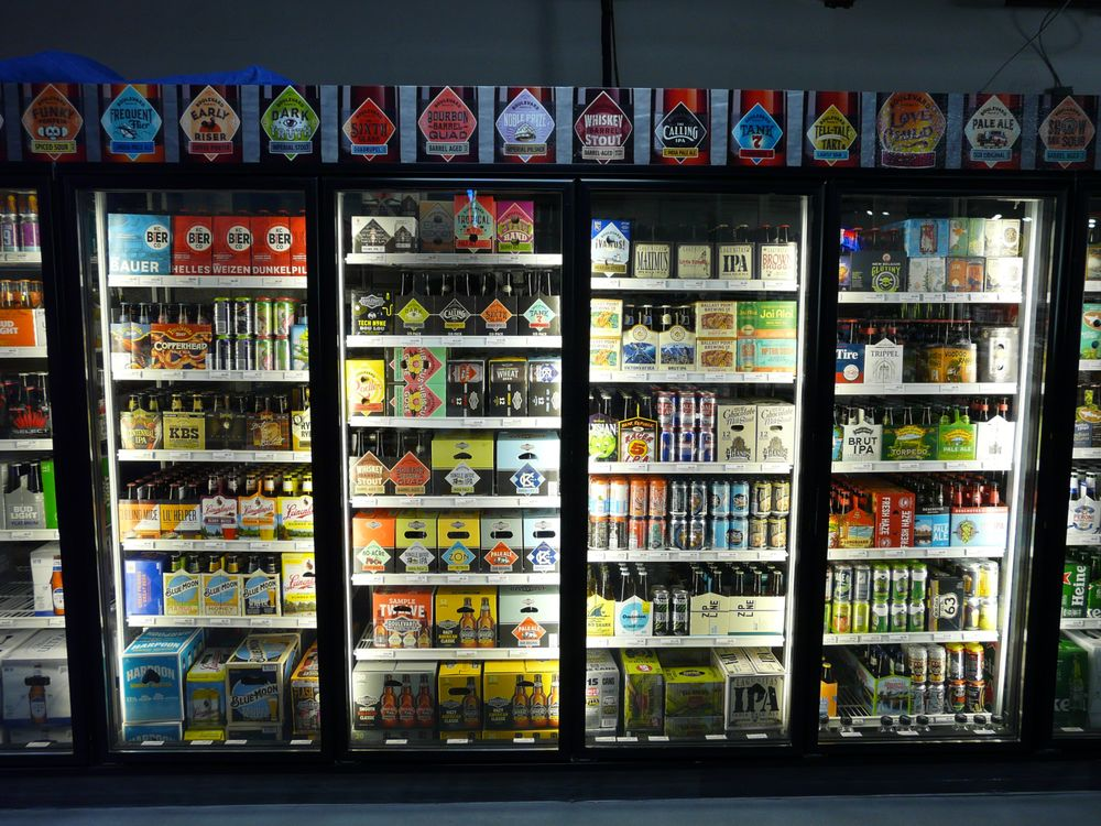 Fox Hill Wines & Spirits: 10635 Roe Ave, Overland Park, KS