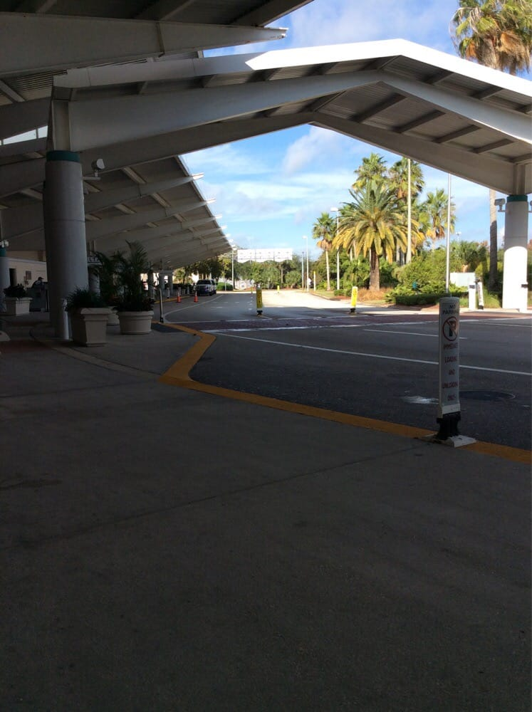 Restaurants Near Daytona Beach Airport