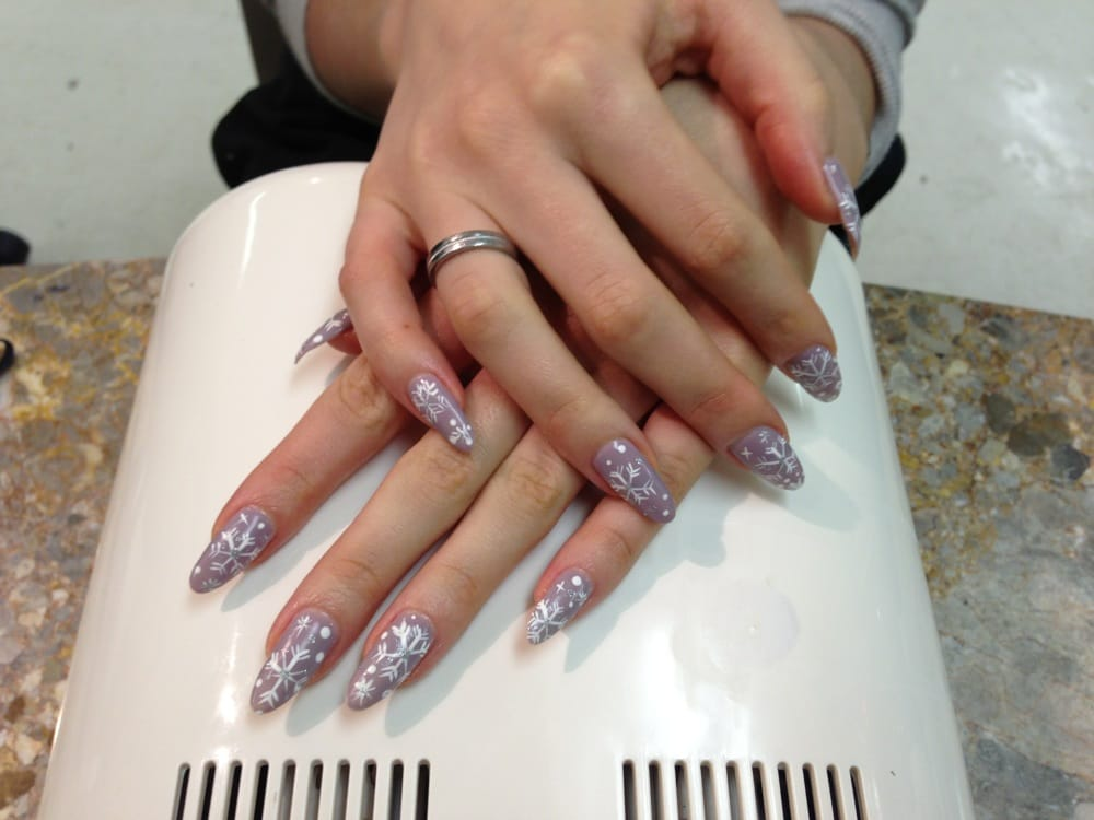 Beautiful No chip manicure with designs - Yelp