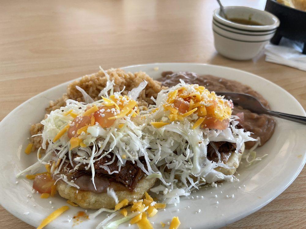 Dora's Restaurant: 148 E Antelope Ave, Woodlake, CA
