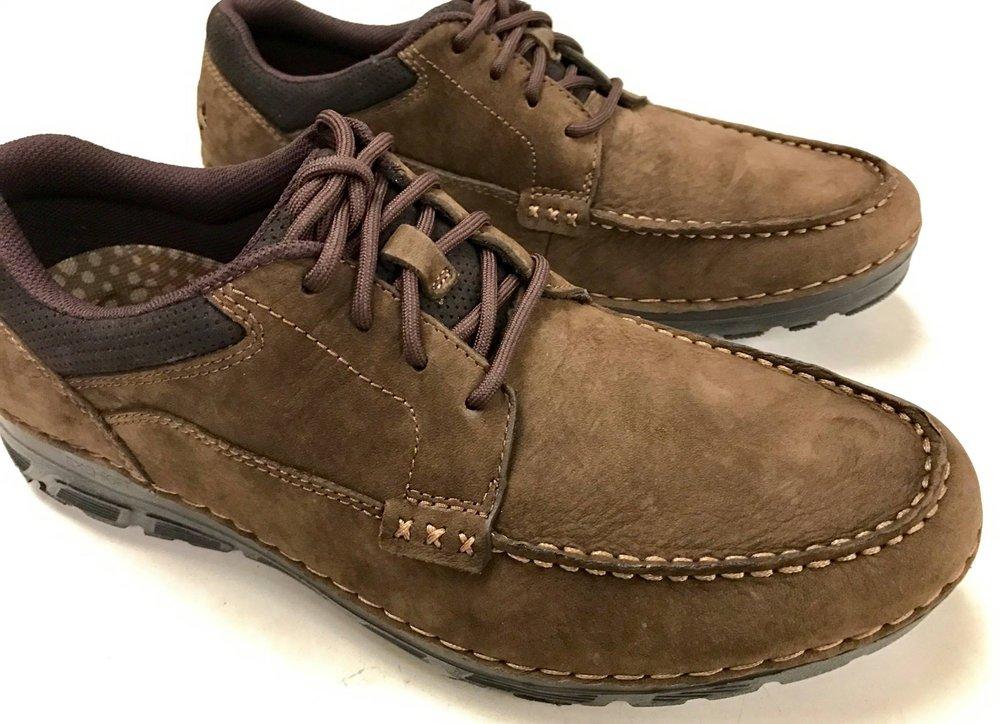 Tulli's Shoe Store & Repair: 1746 E Chocolate Ave, Hershey, PA