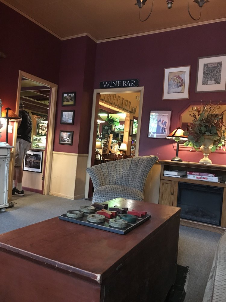 Coffee Corners Antiques: 14544 Main St, Burton, OH