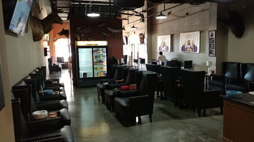 Jerry's Cigar Shop: 2910 Kerry Forest Pkwy, Tallahassee, FL