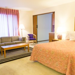 Photo Of Ridge Motor Inn Portage Wi United States Queen Suite