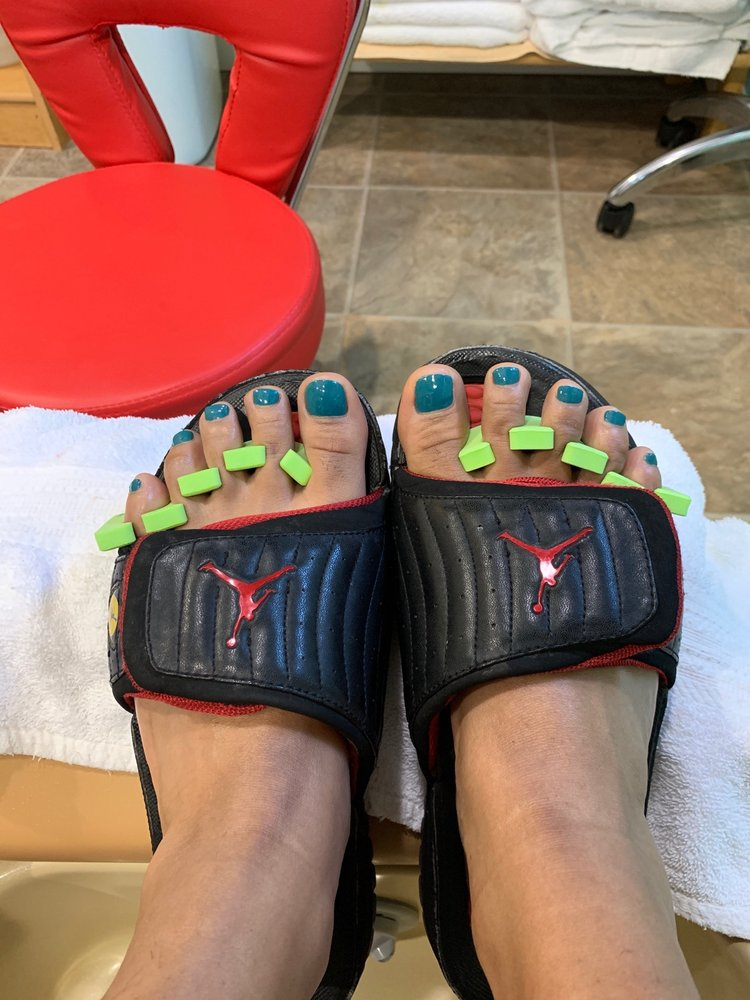 Totally Polished Nail and Skin Spa: 10700 Montgomery Rd, Beltsville, MD