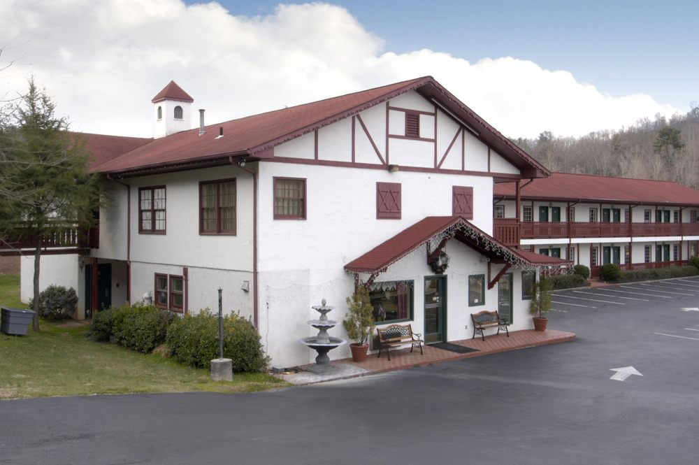 Helen (GA) United States  city pictures gallery : Ga 12 Reviews Hotels 8396 S Main St, Helen, GA, United States ...