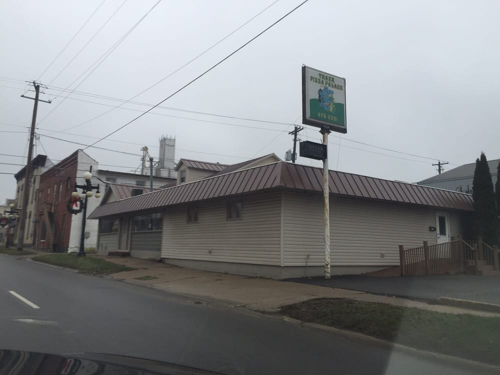 Pizza Palace: 104 S Main St, Traer, IA