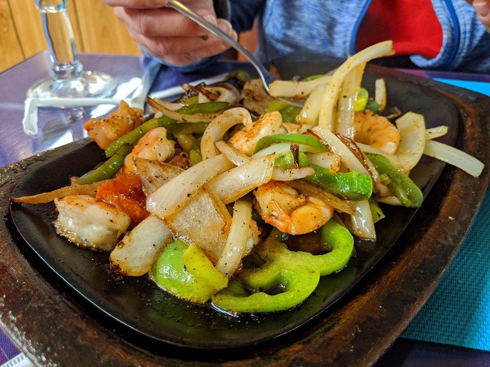 El Matador Mexican Restaurant: 13450 Palm Dr, Desert Hot Springs, CA
