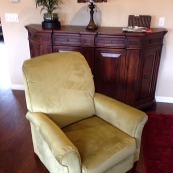 La Z Boy Furniture Galleries Last Updated June 2017 35 Photos 21 Reviews Furniture