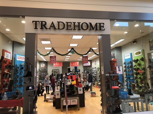 c791b7bde49d Tradehome Shoes 95 N Moorland Rd Brookfield Wi General Merchandise
