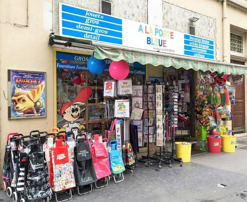 a la porte bleue tienda de juguetes 21 boulevard eug 232 ne deruelle part dieu lyon francia