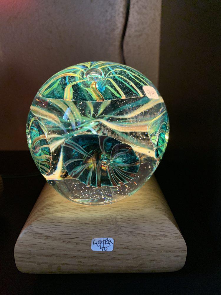 Opal Art Glass: 1232 1st St, Cosmopolis, WA