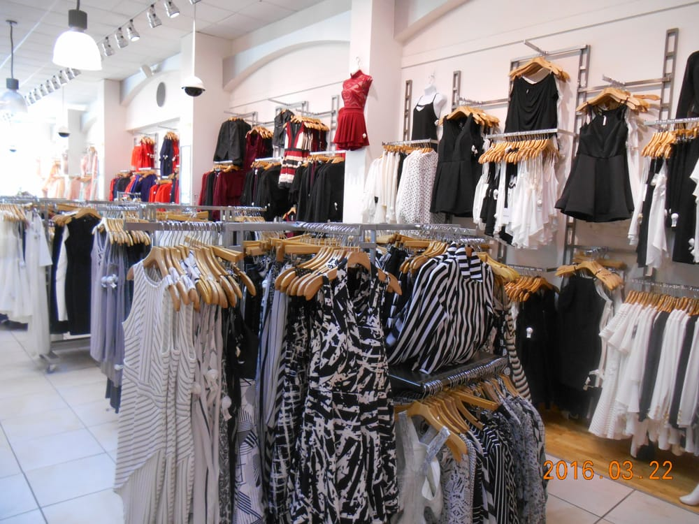 Upscale clothing store harry hines