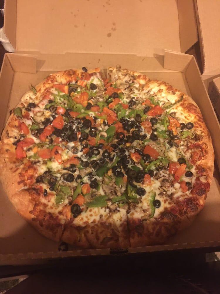 Barro's Pizza: 44600 W Smith Enke Rd, Maricopa, AZ