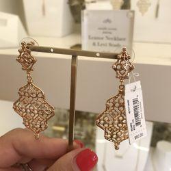 30298c31fb8b22 Kendra Scott - Jewelry - 1511 W Swann Ave, Hyde Park, Tampa, FL ...