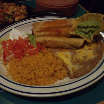 Photo Of Mazatlan Mexican Restaurant Tigard Or United States En Taquitos