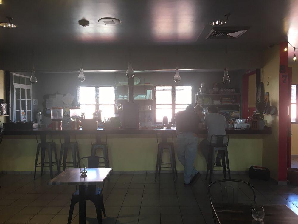 Bo.Ka.Do: Calle Águila S/N, Mayagüez, PR
