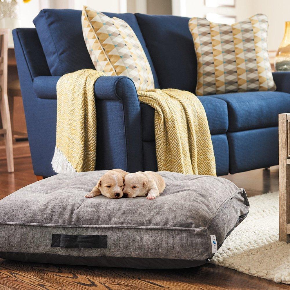 Pierce Furniture Company: 141 Colorado St, Muscatine, IA