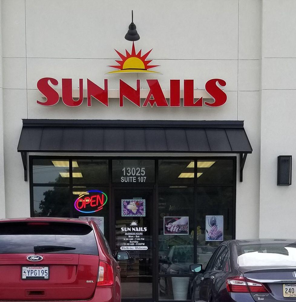 Sun Nails: 13025 La Hwy 44, Gonzales, LA