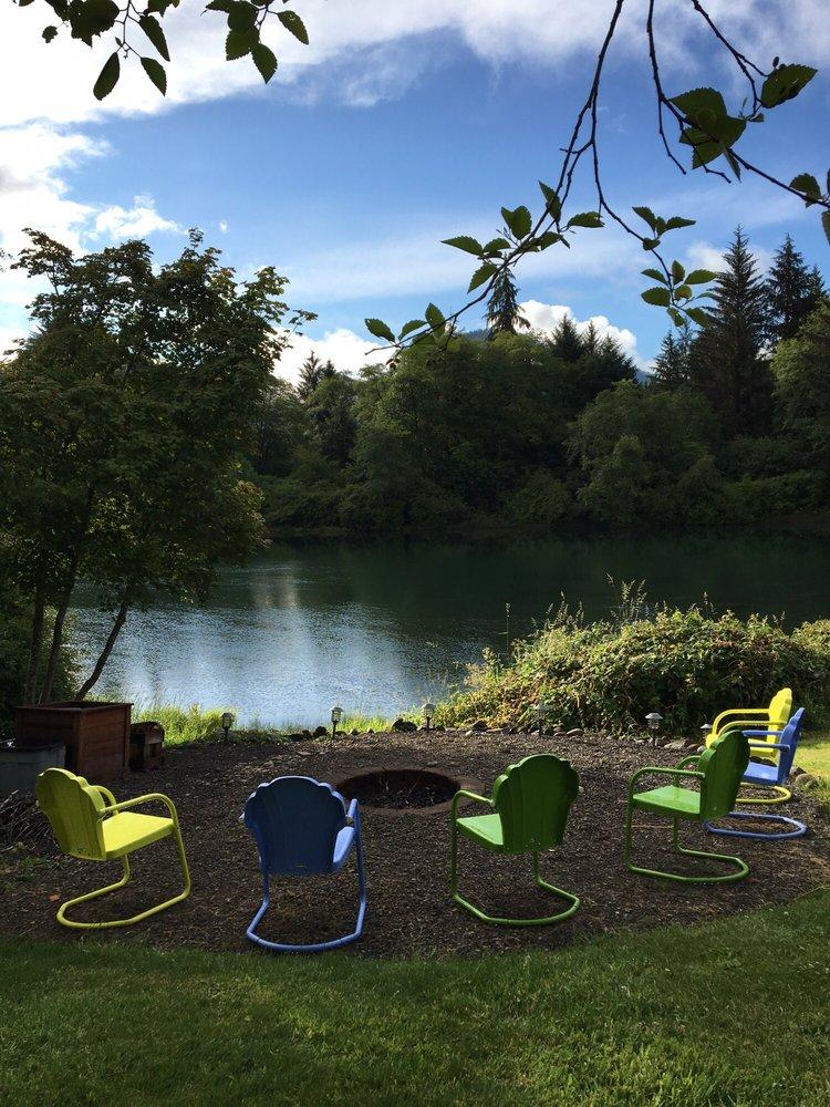 Quinault River Inn: 8 River Dr, Amanda Park, WA
