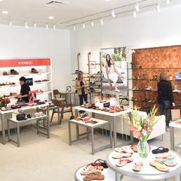 f600ce0179017 Vionic Store Crocker Park - Shoe Stores - 251 Main St