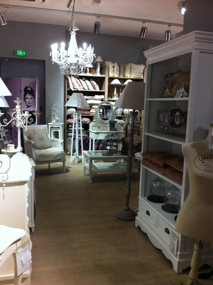 maisons du monde shopping 20 rue calvaire nantes num ro de t l phone yelp. Black Bedroom Furniture Sets. Home Design Ideas