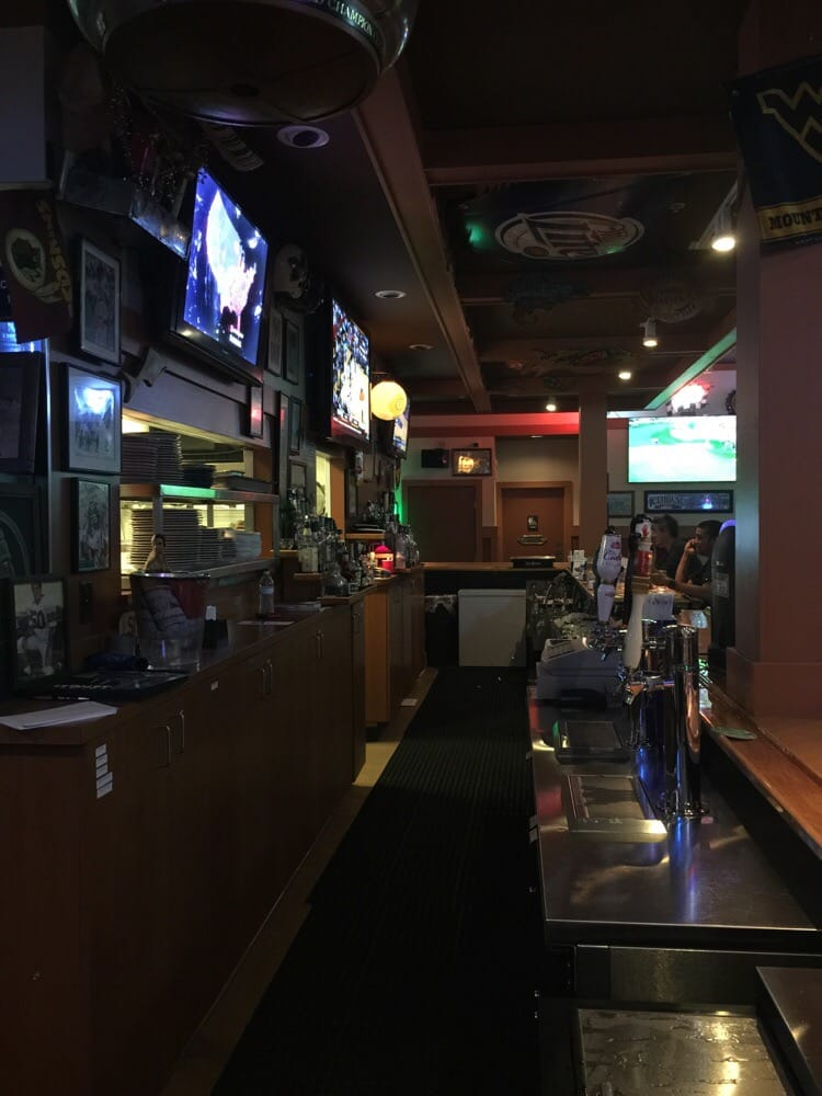 The snuggery 26 reviews sports bars 2556 pga blvd palm beach gardens fl phone number for Sports bars palm beach gardens