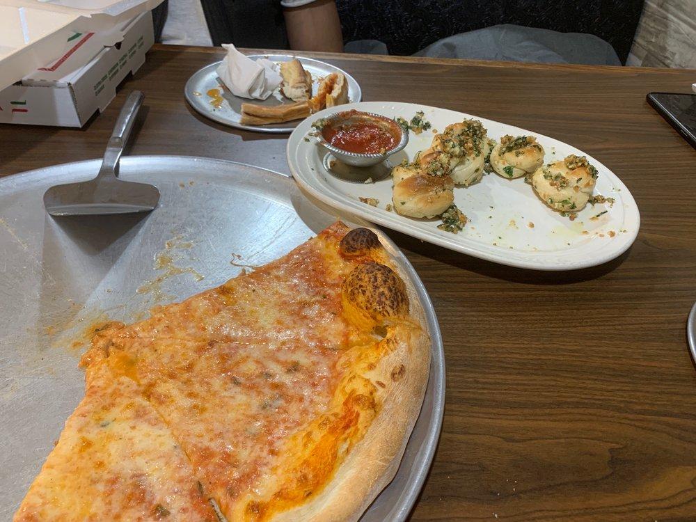 Pizza Leone: 1665 D Waynesboro Pike, Fairfield, PA