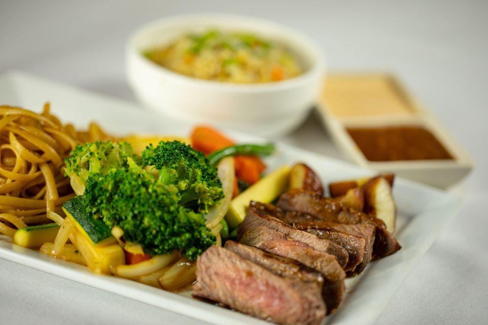 Kobe Japanese Steakhouse & Sushi Bar: 14401 N Dale Mabry Hwy, Tampa, FL