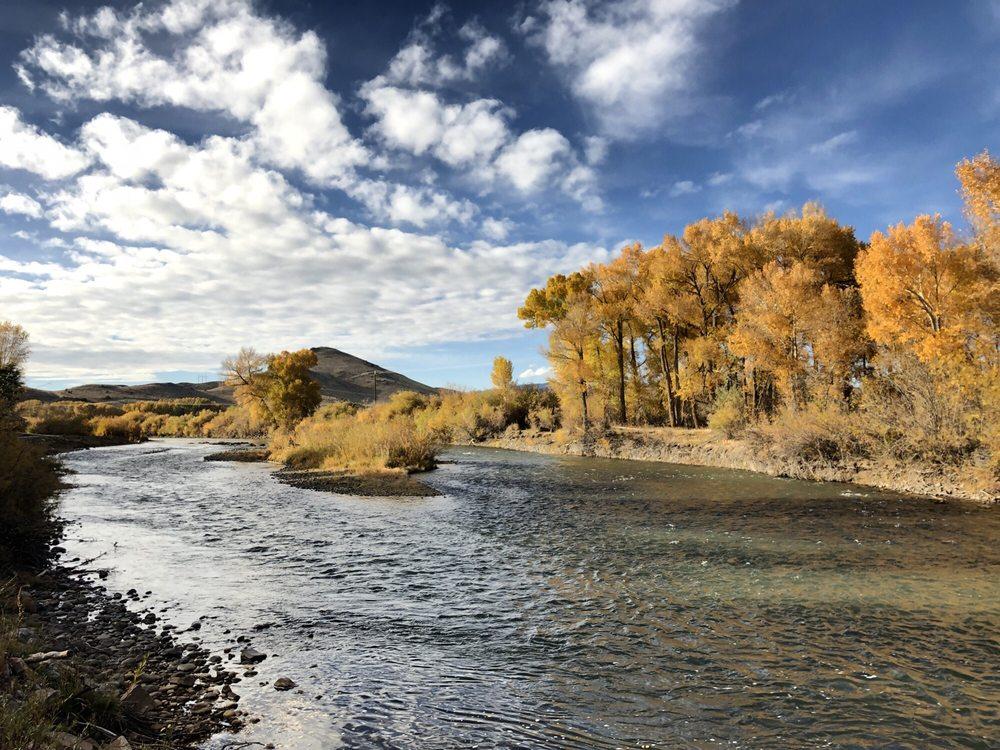 Woods & River Campground: 25 Alder St, Del Norte, CO