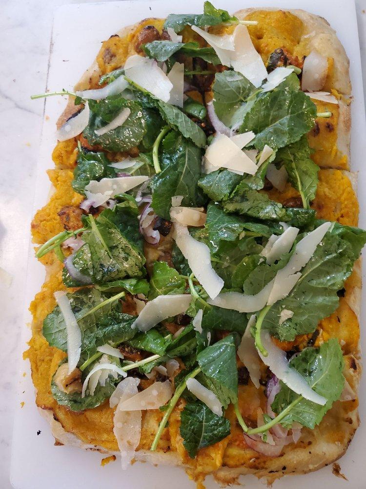 Food from Teglia Pizza Bar
