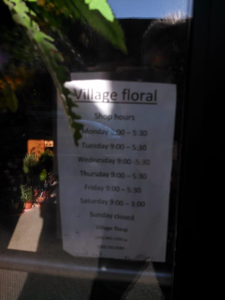 Village Floral: 150 S Broadway St, Cassopolis, MI